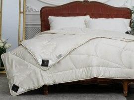 Одеяло Trois Couronnes Meditation Night Wool & Cedar