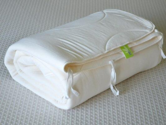 Одеяло из натурального латекса 1