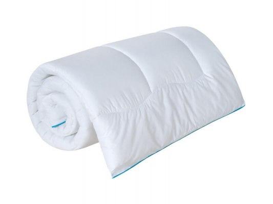 Одеяло Sealy Comfort 3