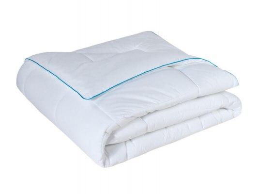 Одеяло Sealy Comfort 4